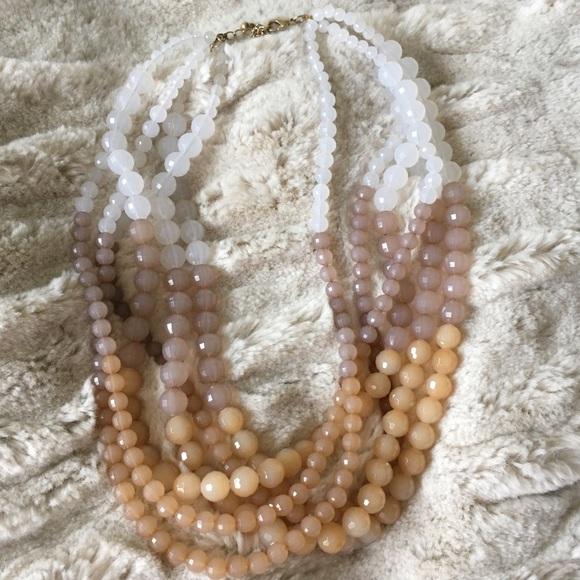 Jewelry - Women's bead necklace